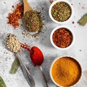 Especias, condimentos y verduras deshidratadas